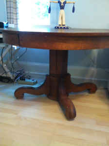 OAK TABLE, ANTIQUE