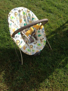 Baby Chair - Plays music & vibrates.. can deliver if not too far