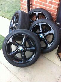 Set of 4 BMW alloys wheels with 4 good run flat tyre