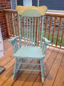 Rocking chair Oakville / Halton Region Toronto (GTA) image 1