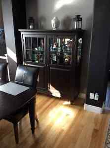 Dining table, 6 chairs, china cabinet (shaker style) Kingston Kingston Area image 2