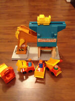 Vintage Fisher Price Little People Lift and Load Depot