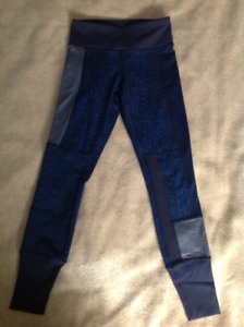 Lululemon Wunder Under Leggings Size 2