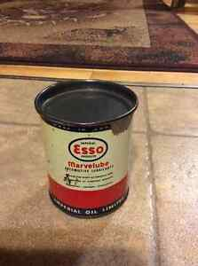 Vintage full Esso Imperial Marvelube No.66 oil/grease can