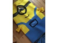 Minions dressing up outfit