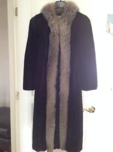 Manteau de fourrure de vison noir!
