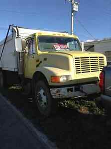 1995 International 4900 5 Ton