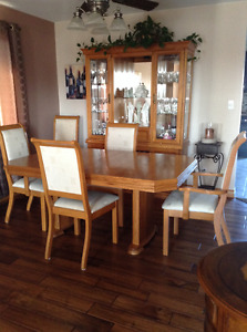 OAk Dining Room Table chairs and hutch