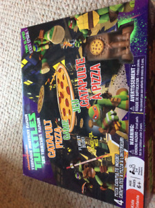 BNIB: Teenage Mutant Ninja Turle Catapult Game