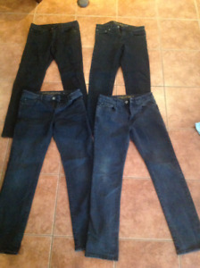 Mens  Jeans:  HOLLISTER/AMERICAN EAGLE/BENCH