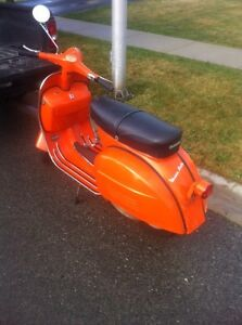 Wanted Old Vespas and Lambrettas
