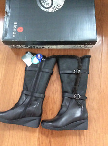Blondo Leather Winter Boots.