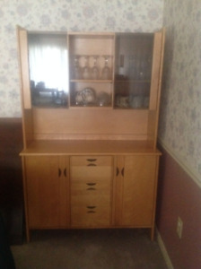 Dinning Table and Hutch set