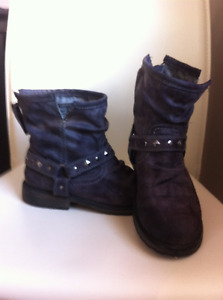 Roxy Ankle Boots - size 7.5