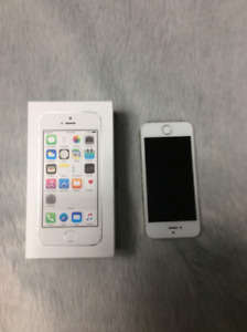 iPhone 5 (s) Smartphone