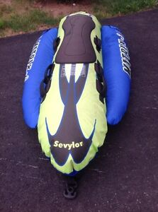 Water towable torpedo biscuit 3 person