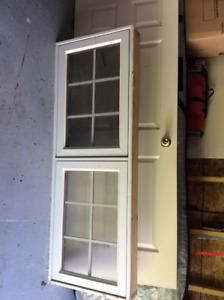 Fenêtre et porte de maison, 20$ chaque