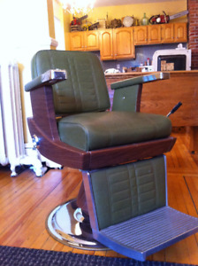 1972 Vintage Koken barber chair