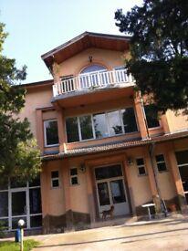 For sale a detached building located in the square. Mariyno, Dimitrovgrad.