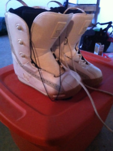 Mint SIMS womens size 8 Boots