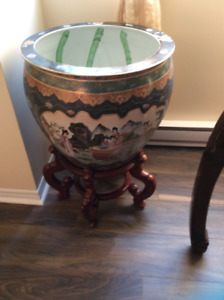 CHINESE FISH BOWL WITH STAND
