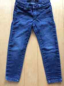 JOE'S designer jeans size 3 skinny