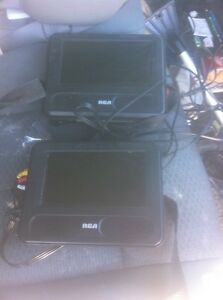 Dual RCA DVD players