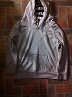 Hollister sweater size large