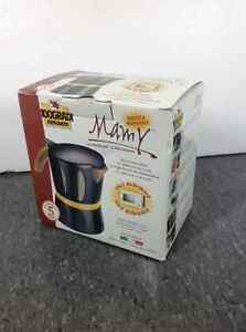 BRAND NEW Mamy microwave coffee pot - made in Italy