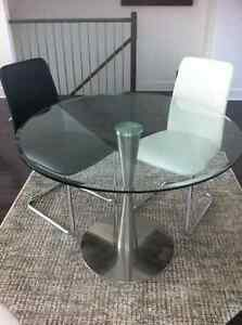 Table en verre