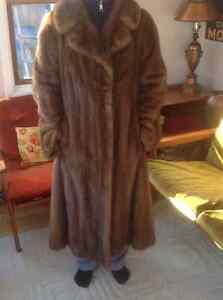 Gorgeous Mink Coat - Near Perfect Condition