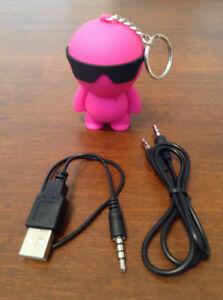 iHip Little Dude -Petit haut parleur Porte-clefs pour mp3 iphone