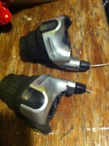 Grip shifters