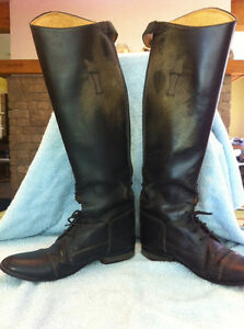 Riding boots women's London Ontario image 1