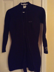 """Bare"" Women's Shorty Wet Suit Size 10"