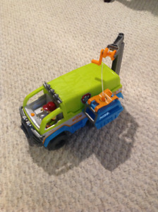 Paw Patrol Terrain Vehicle Excellent condition Large in size