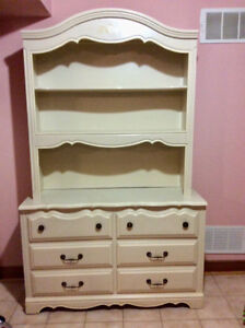 Girl's Solid Wood Canopy Bedroom Set