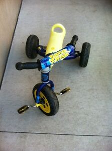 Kids tricycle Cambridge Kitchener Area image 1