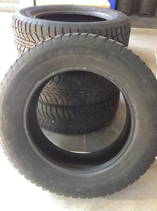 Snow tires for a 2007 Ford Sport trac