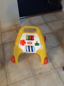 jouet pour apprendre a marcher