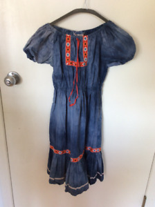 VINTAGE: 1960's EMBROIDERED DRESS WITH ELASTIC WAIST