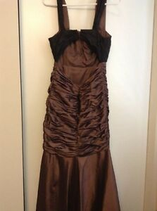 Very elegant metallic brown prom/ special occasion dress London Ontario image 4