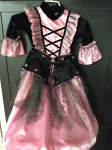 Girl's Pirate Costume - Brand new condition