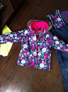 Girls Osh kosh  snowsuit Kitchener / Waterloo Kitchener Area image 1