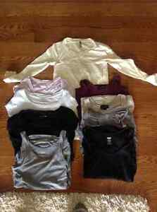 Small lot of maternity clothes - all tops