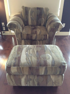 LAZYBOY ACCENT CHAIR & OTTOMAN