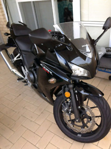 Honda CBR 500R 2013 mint condition like brand new