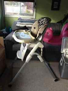 The first years family time high chair H220 Kingston Kingston Area image 2