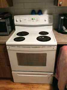 Stove - Great Condition - $180 *plus other appliances*