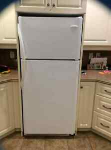 Fridge - Frigidaire - Gallery